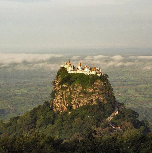 Monastério em Burma.